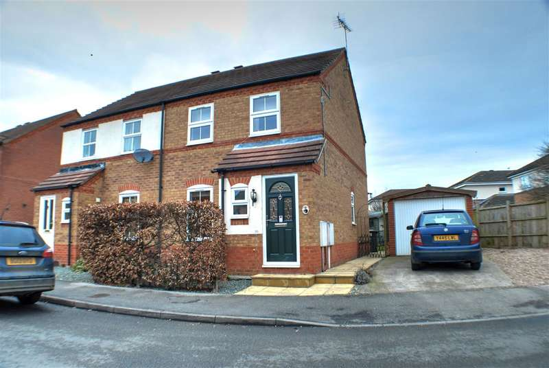 3 Bedrooms Semi Detached House for sale in Curlew Way, Sleaford