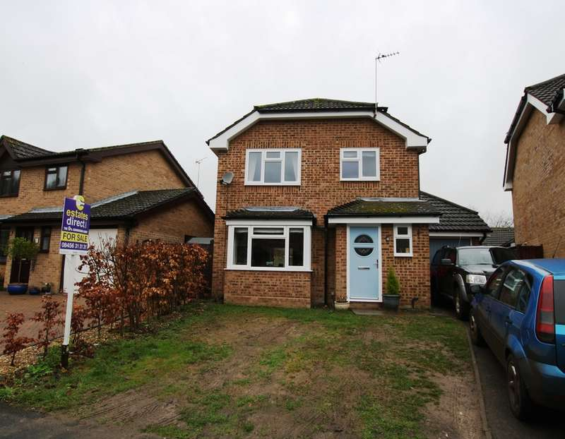 3 Bedrooms Detached House for sale in Taskers Drive, Andover, Andover, SP11