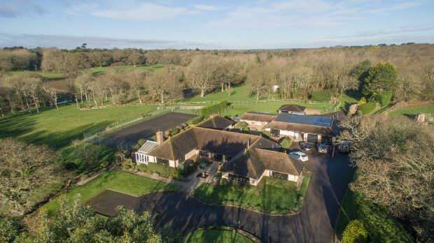 5 Bedrooms Unique Property for sale in Lymington