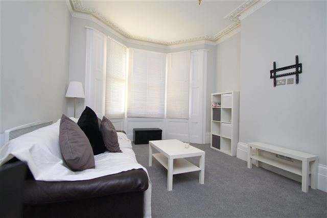 1 Bedroom Flat for sale in Seafield Road, Hove, East Sussex, BN3 2TN