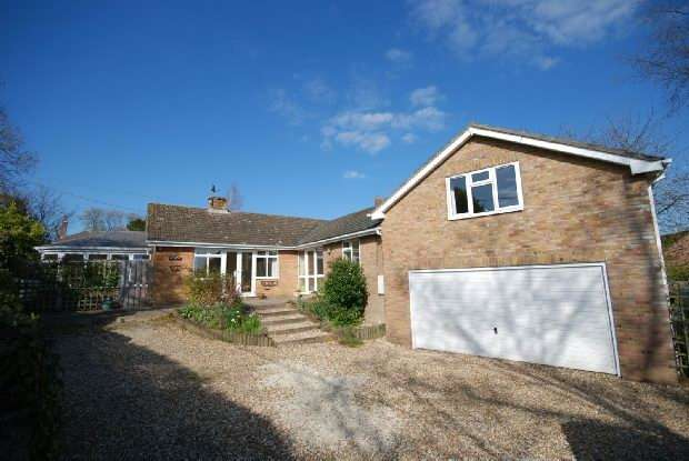 5 Bedrooms Detached Bungalow for sale in Winterslow