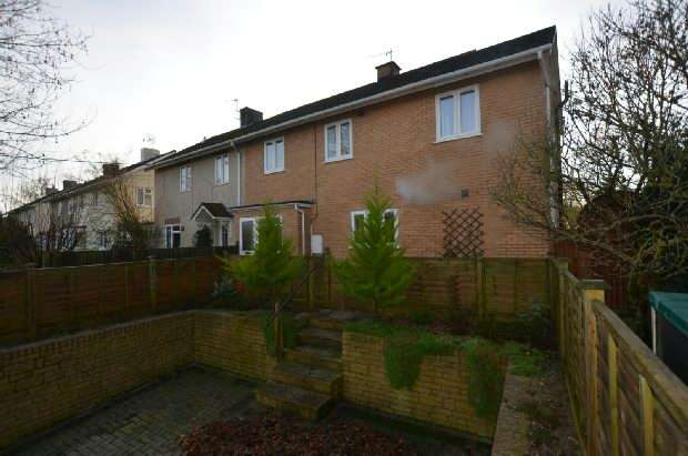 4 Bedrooms Semi Detached House for sale in Netherhampton