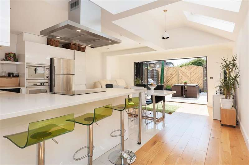4 Bedrooms House for sale in Glenbrook Road, West Hampstead, London, NW6 1TW