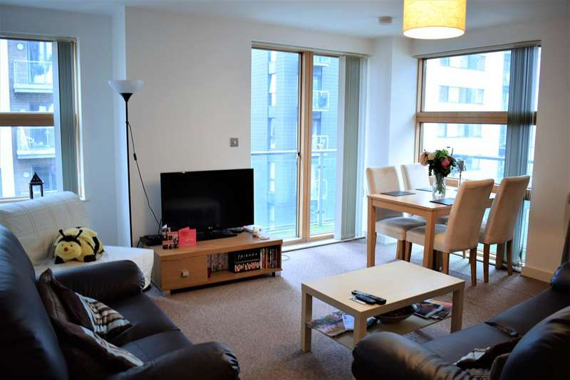 2 Bedrooms Apartment Flat for sale in Barton Place, 3 Hornbeam Way, Manchester, M4 4AT