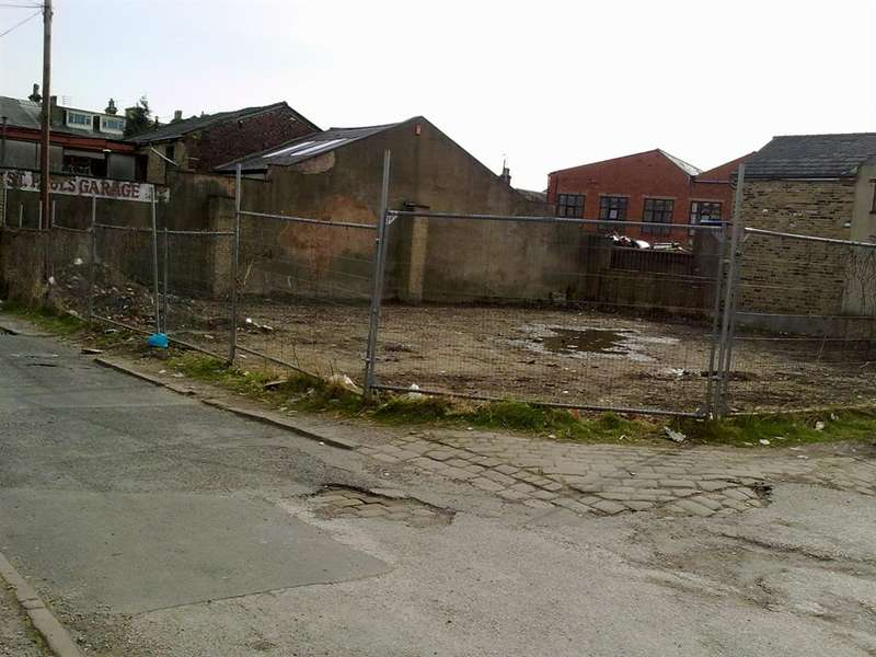 6 Bedrooms Land Commercial for sale in Bertram Road, Bradford, West Yorkshire, BD8 7LN
