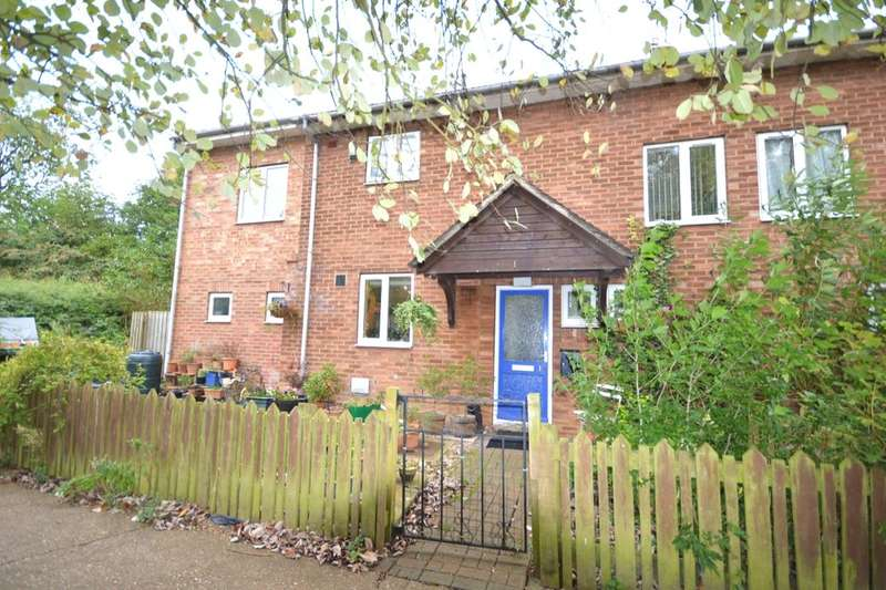 4 Bedrooms Semi Detached House for sale in Nettleton Drive, Witham St. Hughs, Lincoln, LN6