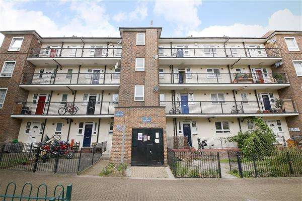 2 Bedrooms Apartment Flat for sale in Kentwell Close, Brockley
