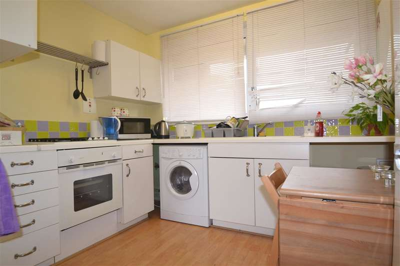 2 Bedrooms Apartment Flat for sale in Arnal Crescent, Southfields, Southfields