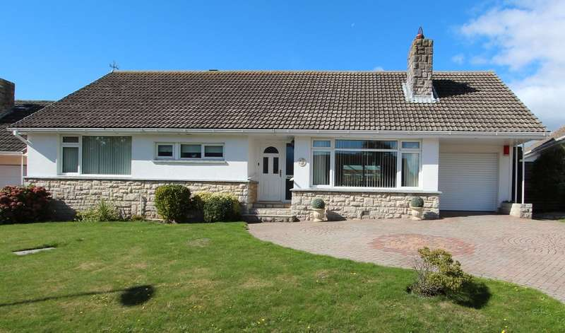 3 Bedrooms Detached Bungalow for sale in HIGHCLIFFE ON SEA