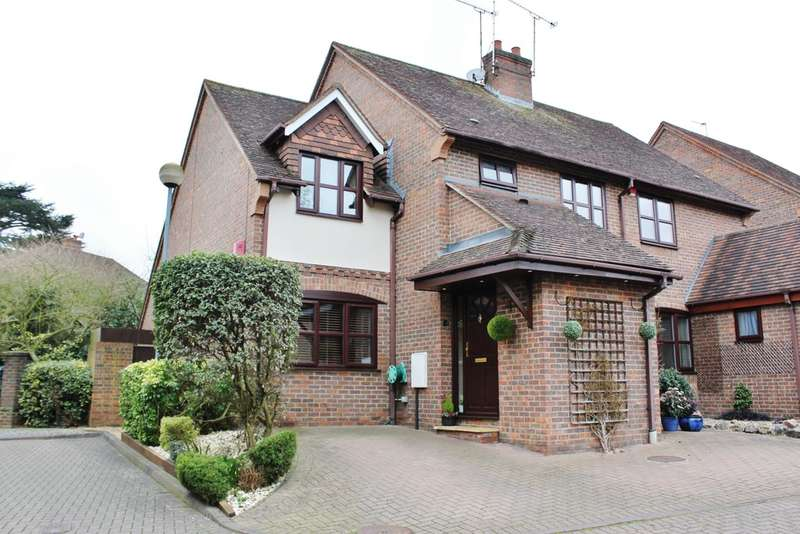 3 Bedrooms Semi Detached House for sale in Elrington Road, Woodford Green