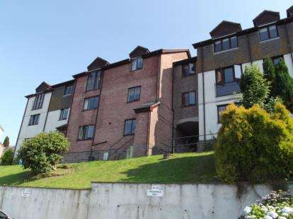 2 Bedrooms Flat for sale in Looe, Cornwall