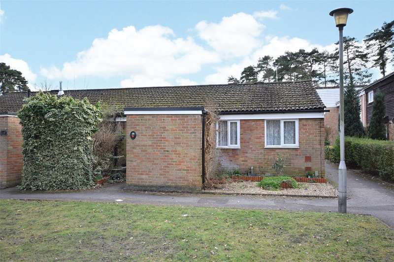 2 Bedrooms Bungalow for sale in Pendlebury, Bracknell, Berkshire, RG12
