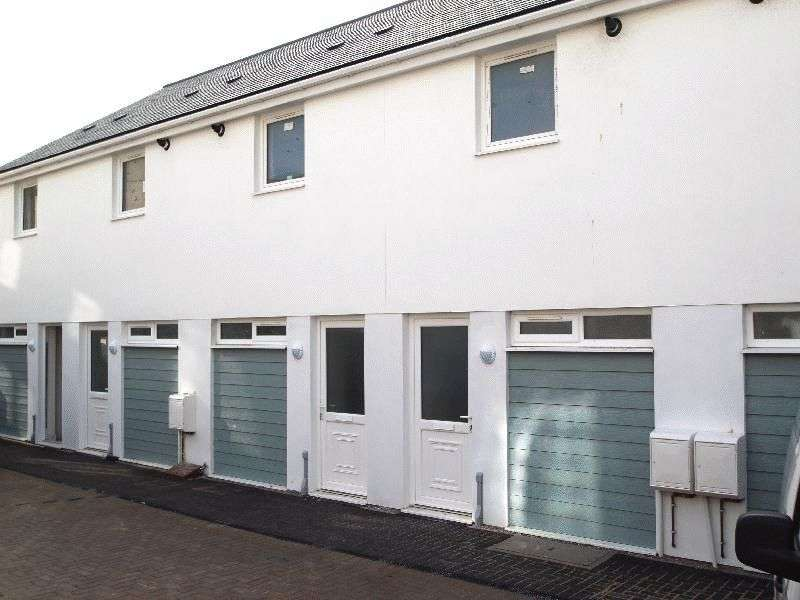 1 Bedroom Terraced House for sale in Veronica Court, Newquay