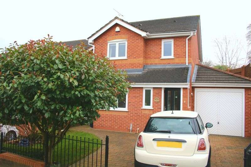 3 Bedrooms Detached House for sale in The Nurseries, Flint