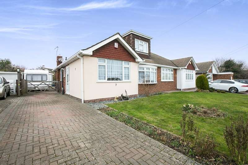 3 Bedrooms Semi Detached Bungalow for sale in Foxwood Way, Longfield, DA3
