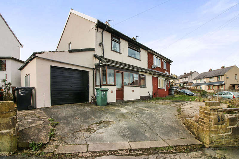 3 Bedrooms Semi Detached House for sale in Staveley Road, Keighley, BD22