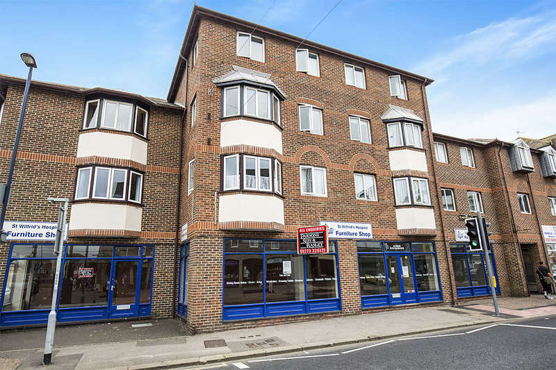 1 Bedroom Flat for sale in Clarence Gate Clarence Road, Bognor Regis, PO21