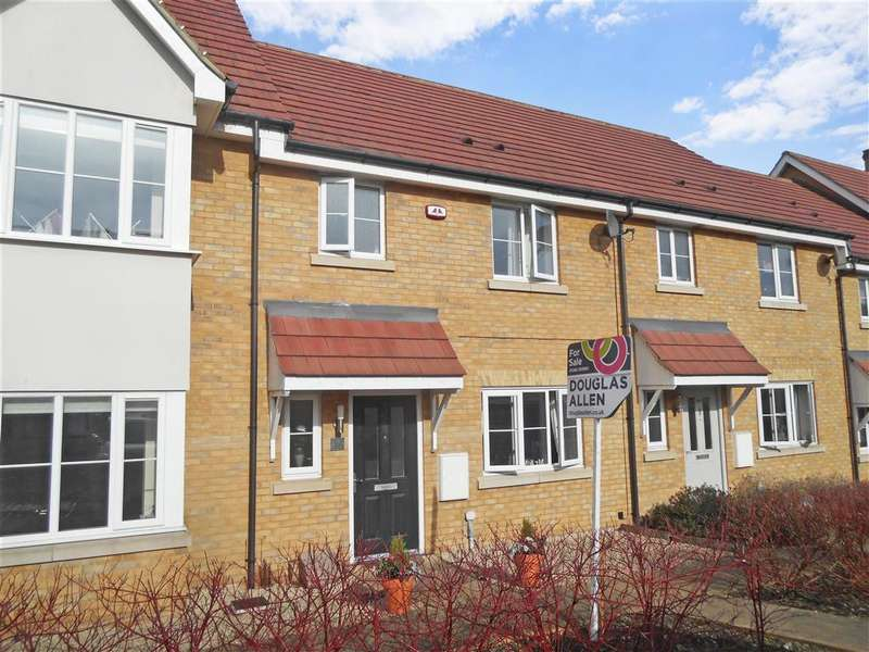 3 Bedrooms Terraced House for sale in College Lane, Basildon, Essex