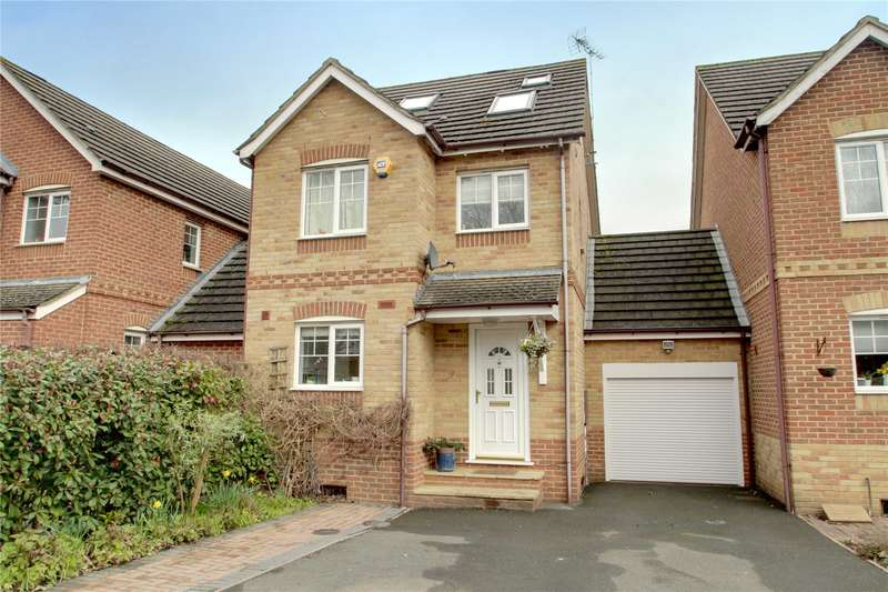 4 Bedrooms Link Detached House for sale in Twynersh Avenue, Chertsey, Surrey, KT16
