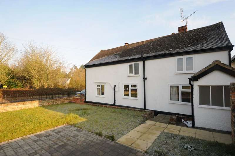 3 Bedrooms Cottage House for sale in Mole Hill Green, Mole Hill Green
