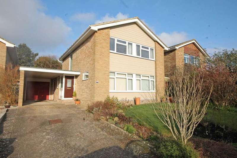 4 Bedrooms Detached House for sale in Hewetts Rise, Warsash SO31