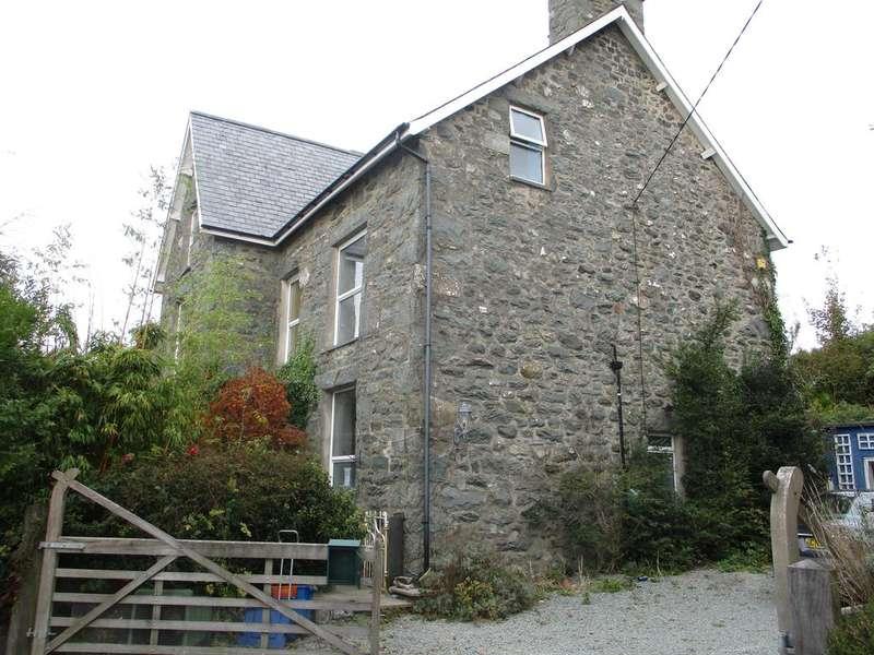 7 Bedrooms Detached House for sale in Bron Eirian, Dyffryn Ardudwy LL44