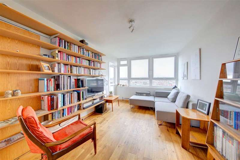 2 Bedrooms Flat for sale in St Matthews Road, Brixton