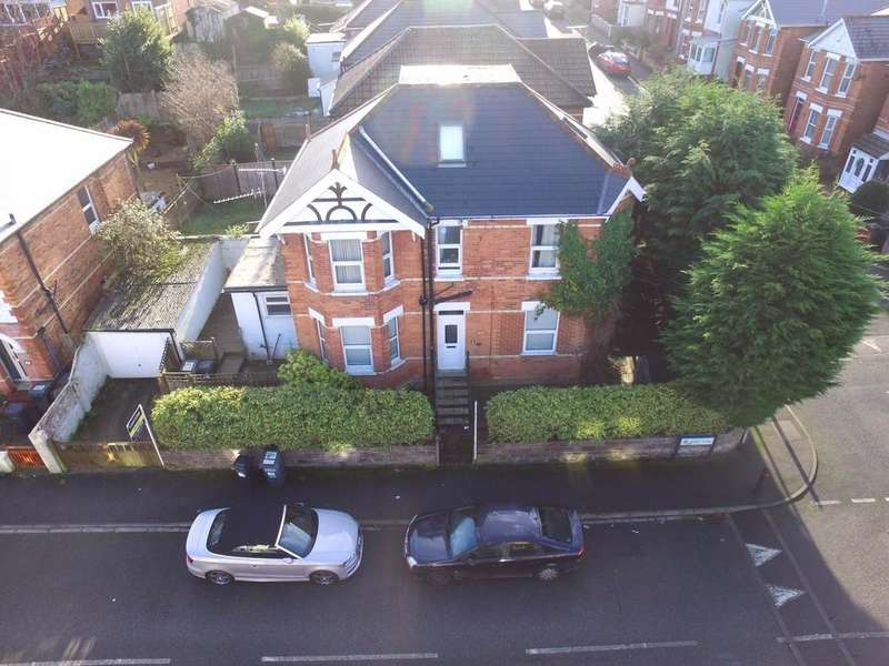 2 Bedrooms Flat for sale in Charminster SHARE of FREEHOLD Green Rd