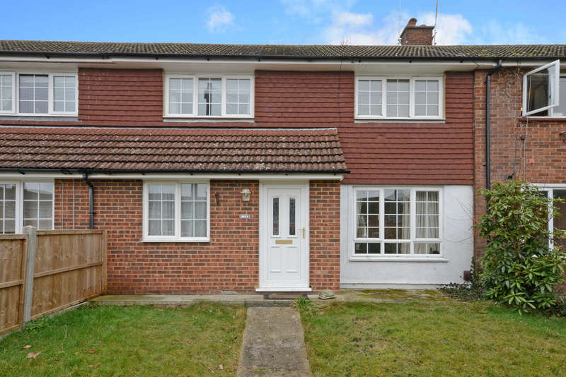 3 Bedrooms Terraced House for sale in Mitcham Road, Camberley