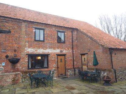 3 Bedrooms Barn Conversion Character Property for sale in Toftrees, Fakenham, Norfolk