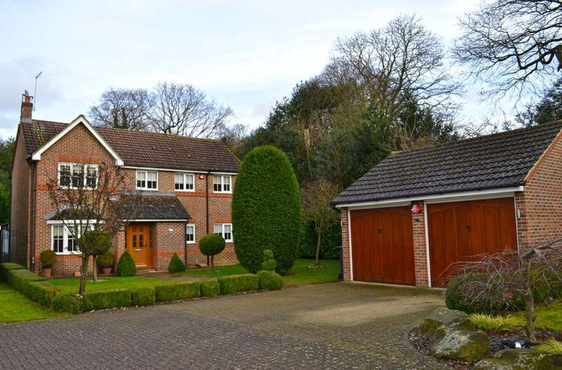 5 Bedrooms Semi-detached Villa House for sale in Crabtree Walk, Hoddesdon EN10