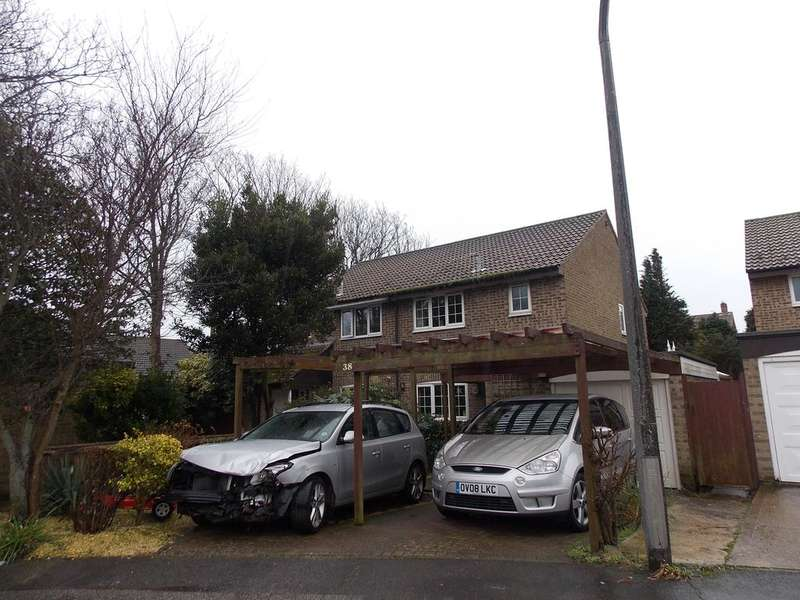 3 Bedrooms Semi Detached House for sale in Woodlands Close, Peacehaven, East Sussex