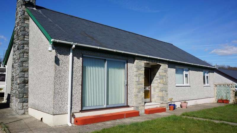 3 Bedrooms Detached Bungalow for sale in Minffordd, Penrhyndeudraeth LL48