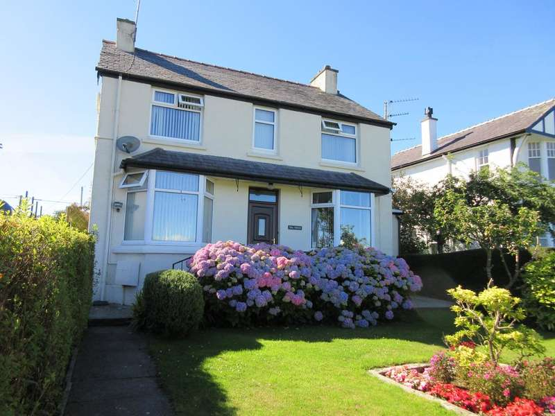 3 Bedrooms Detached House for sale in GREENFIELD AVENUE, LLANGEFNI LL77