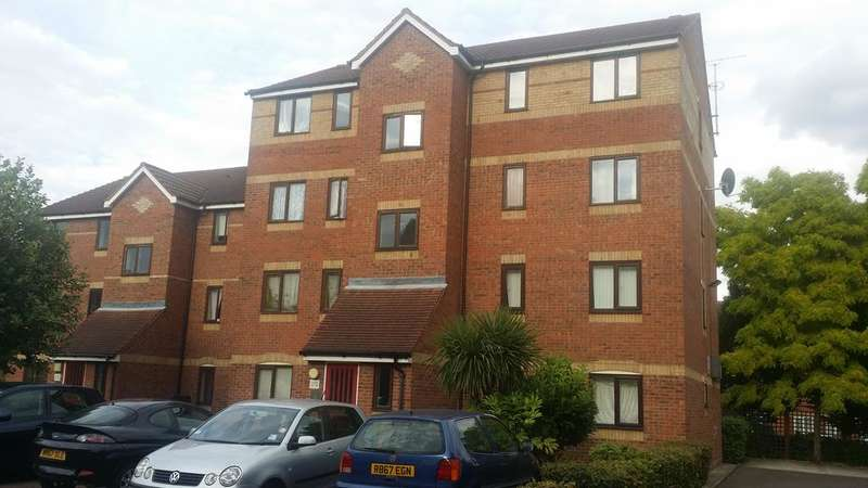 1 Bedroom Flat for sale in Cherry Blossom Close, LONDON N13