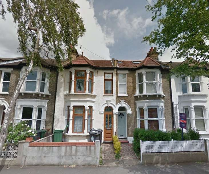 4 Bedrooms Terraced House for sale in Madeira Road, Leytonstone, London E11
