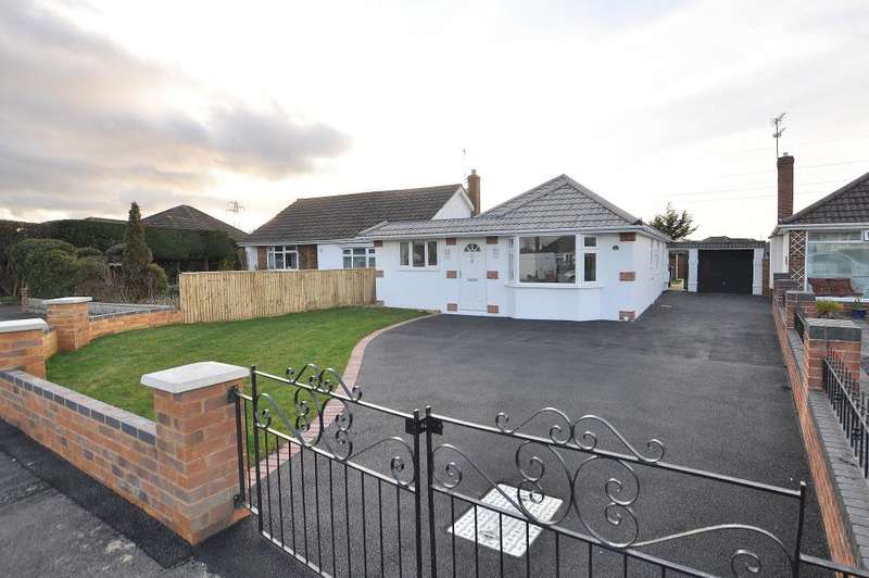 4 Bedrooms Detached Bungalow for sale in Bearwood, Bournemouth
