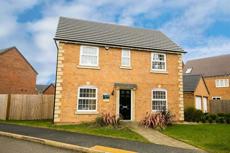 4 Bedrooms Detached House for sale in Thomas Penson Road, Gobowen, Oswestry, SY11