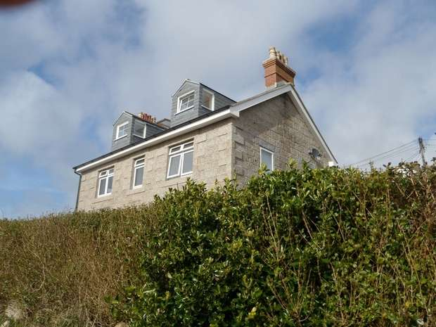 3 Bedrooms Flat for sale in St Mary's, Sennen, PENZANCE, Cornwall