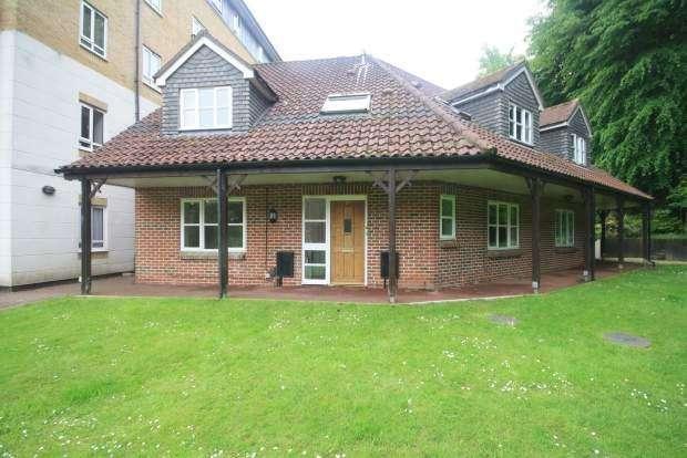 1 Bedroom Apartment Flat for sale in Willicombe Park, Tunbridge Wells TN2