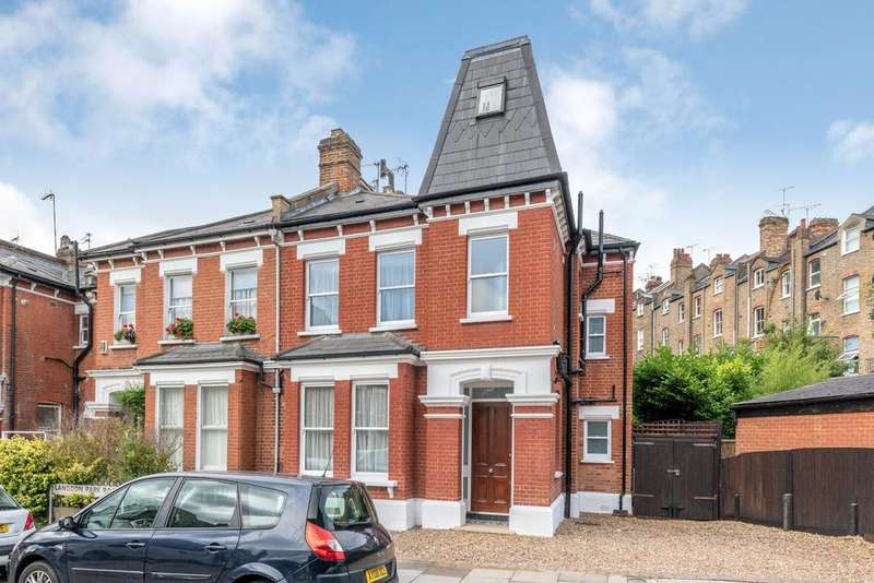 4 Bedrooms End Of Terrace House for sale in LANGDON PARK ROAD, LONDON N6