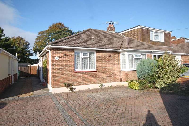 2 Bedrooms Semi Detached Bungalow for sale in Cyprus Road, Titchfield Common PO14