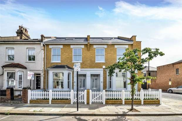 4 Bedrooms Terraced House for sale in Letchford Gardens, Kensal Green, London