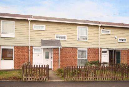 3 Bedrooms Town House for sale in Hazlebarrow Crescent, Sheffield, South Yorkshire