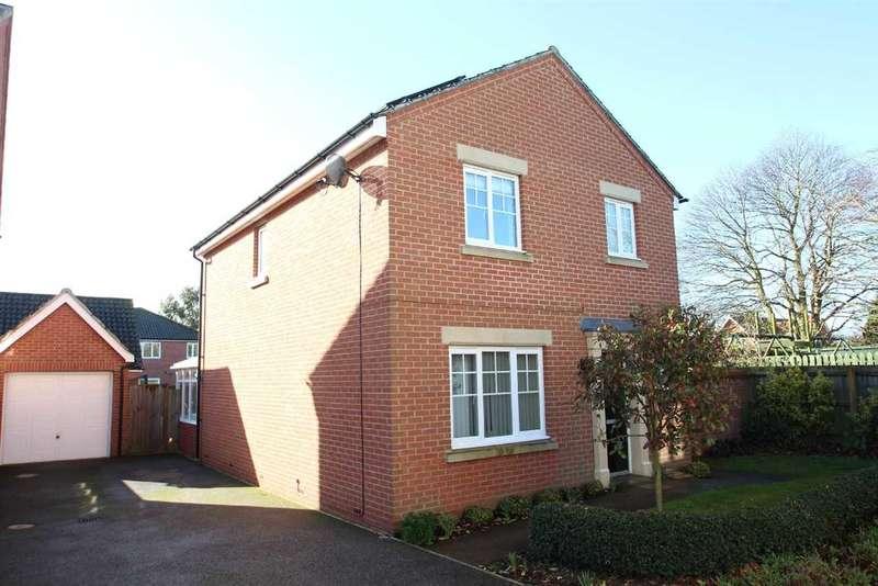 3 Bedrooms Detached House for sale in Spalding Lane, Grange Farm, Kesgrave, Ipswich