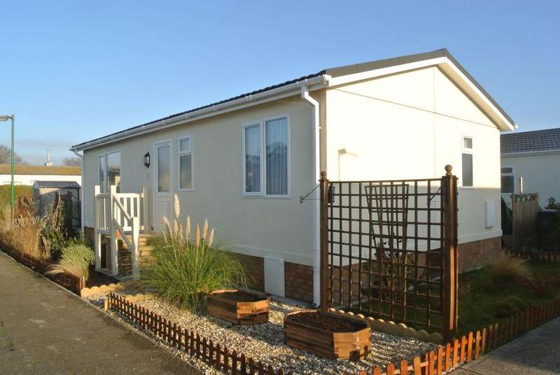 2 Bedrooms Park Home Mobile Home for sale in Oaktree Park, Weston Super Mare BS24