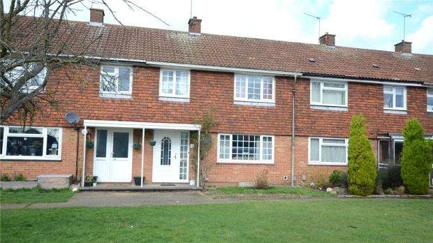 3 Bedrooms Terraced House for sale in Phoenix Avenue, Wokingham, Berkshire