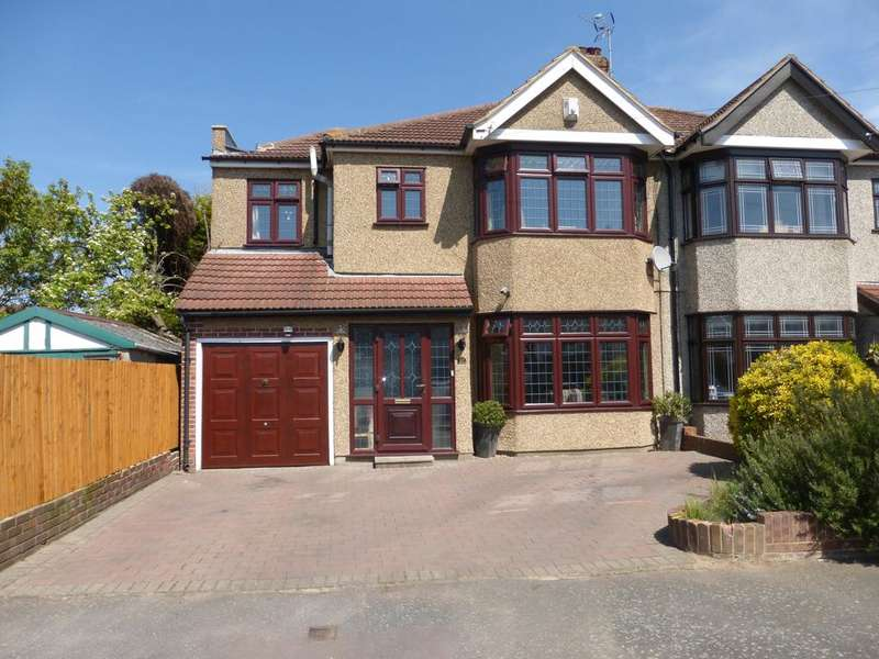 4 Bedrooms Semi Detached House for sale in Coniston Avenue, Upminster RM14