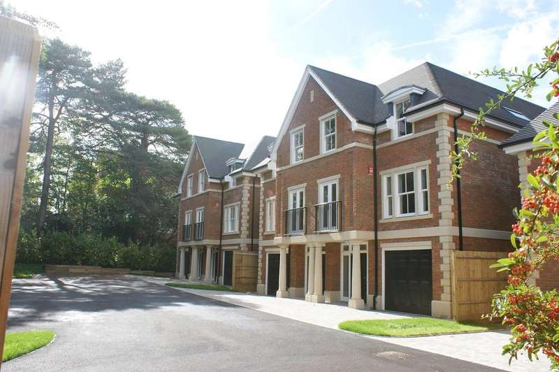 4 Bedrooms Town House for sale in Cavendish Gate, Cavendish Road, Weybridge KT13