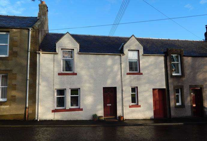 2 Bedrooms Terraced House for sale in 7 Church Street, Greenlaw, TD10 6YE